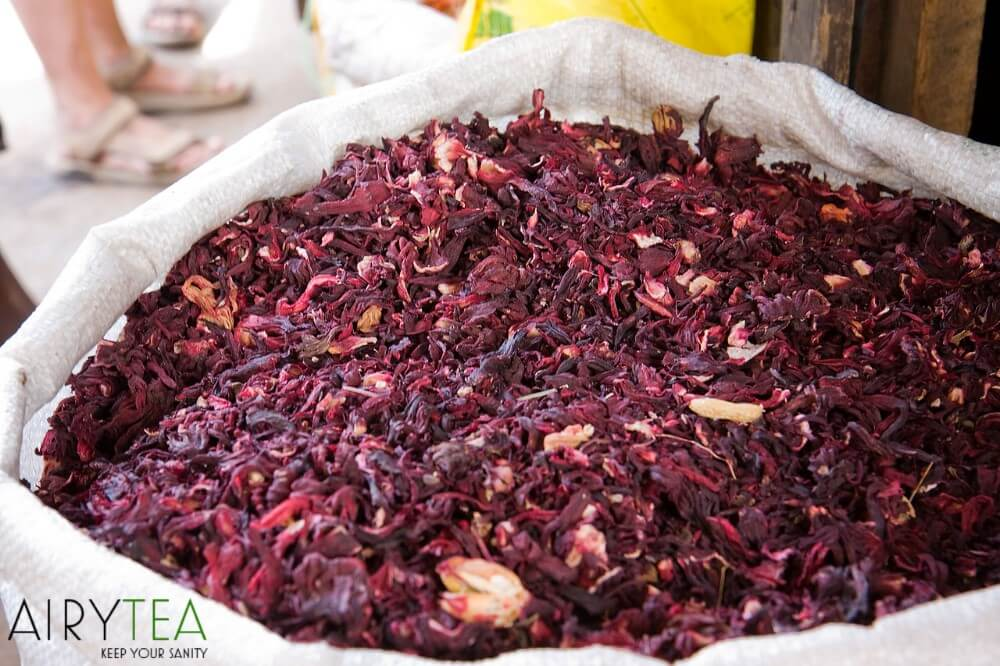 8 Reasons Why You Should Drink Hibiscus Tea (Health Benefits)